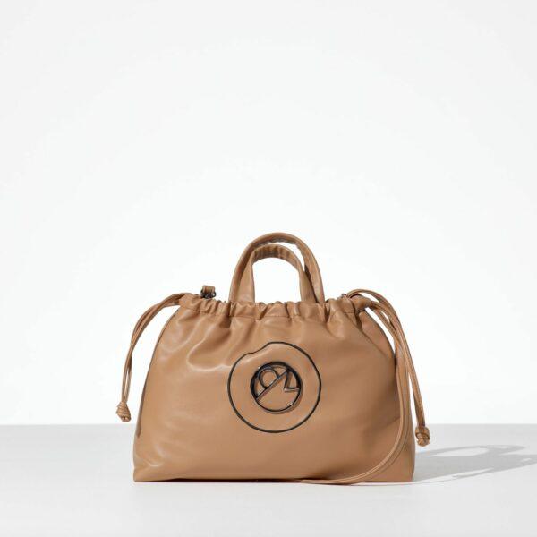 Beige Cloud Bag γυναικεία τσάντα χειρός από δερματίνη σε μπεζ χρώμα
